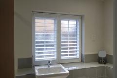 Bathroom-P1160135