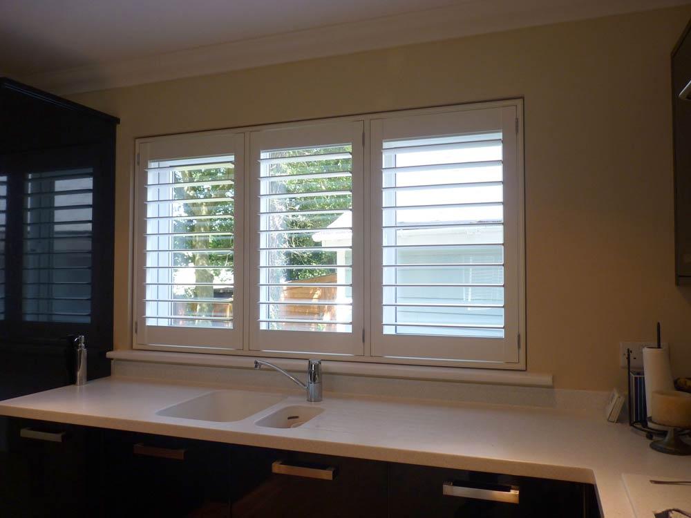 Waterproof shutters in the kitchen
