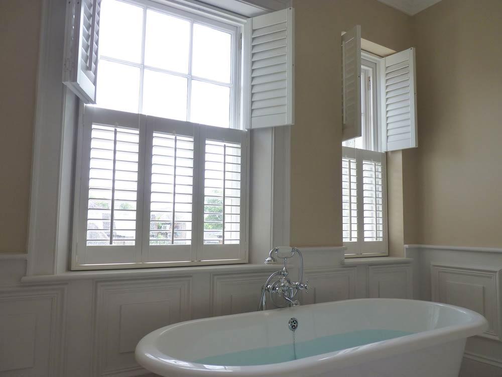 Bathroom top opening shutters