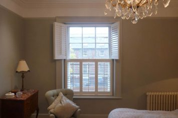 Fitting wooden shutters – videos